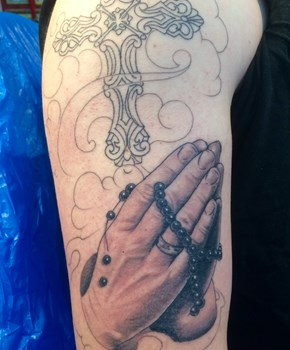 praying hand tattoo